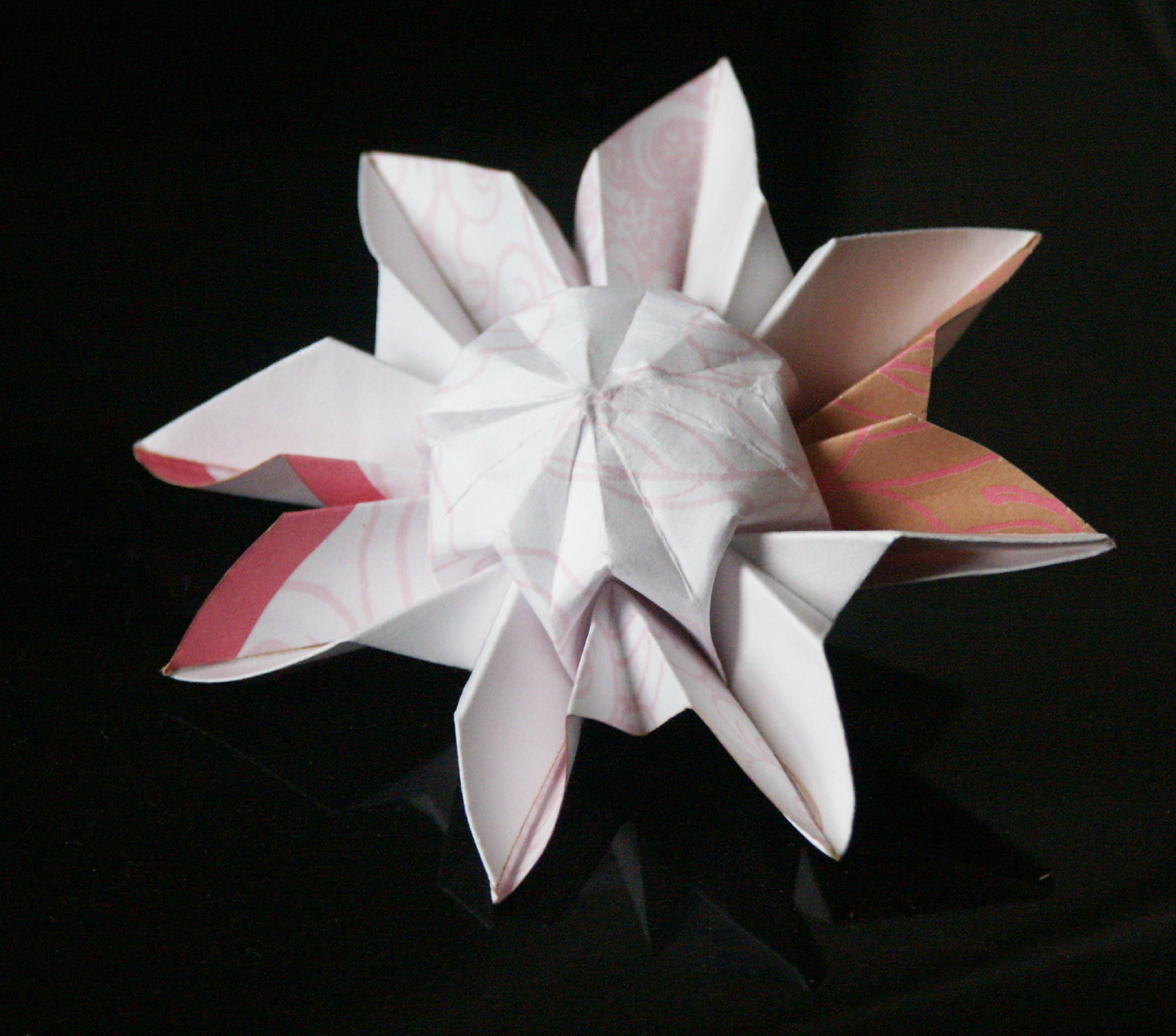 LEARN TO MAKE ORIGAMI FLOWERS EMBROIDERY & ORIGAMI